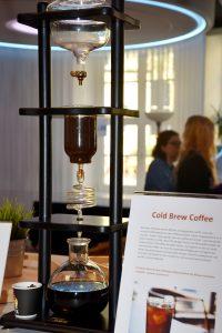 """Josephs Servicemanufaktur Nürnberg; Bei der Themenwelt """"Reise und Freizeit"""" ist  auch das Prinzip """"Cold Brew Coffee"""" zu sehen und zu probieren"""