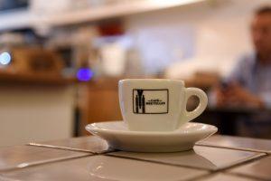 Cafe Suspenders im Straßburger Franzosenviertel